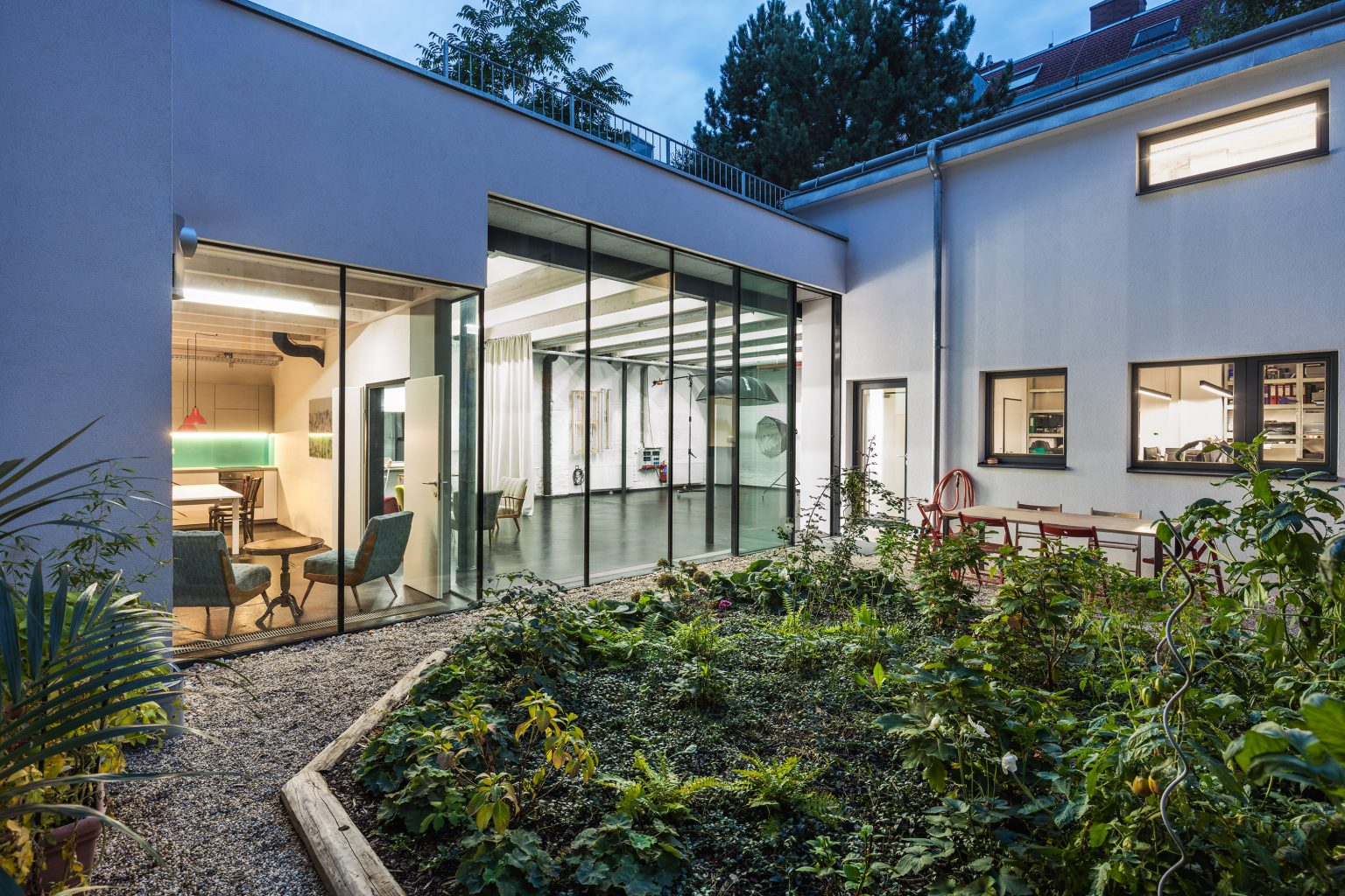 Das Shared office Studio Totale in Wien mit Garten