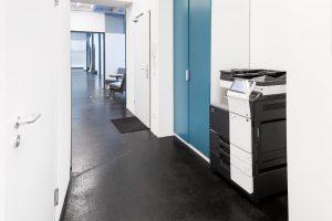 Der Coworking Space Studio Totale in Wien mit Laserdrucker