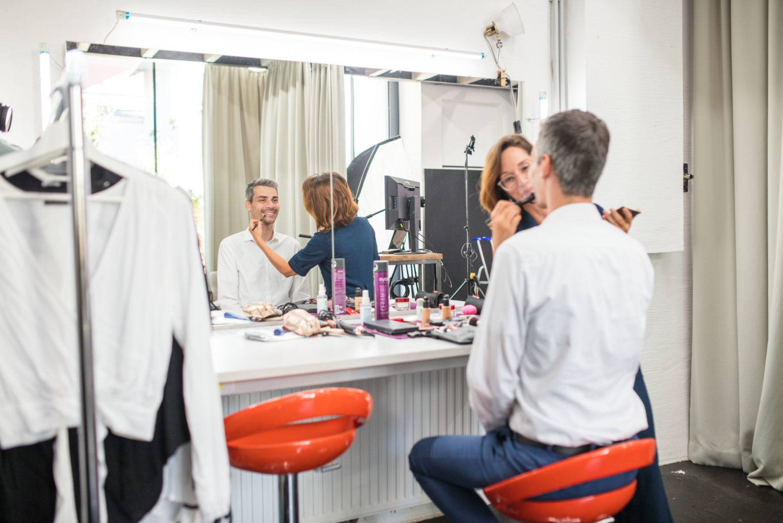 Heller Make Up und Styling Bereich im Studio Totale in Wien