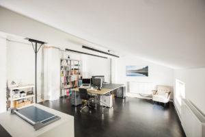 Büroraum mit Klimaanlage im Obergeschoß des Studio Totale in Wien