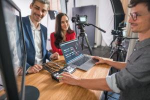 Das Studio Totale in Wien bietet Livestreaming und Webinare an.